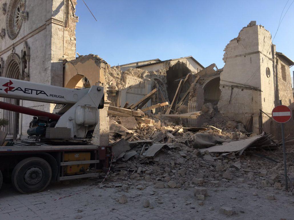 Il centro Italia trema ancora. Violenta scossa avvertita anche a Napoli