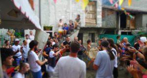 Festa nei cortili