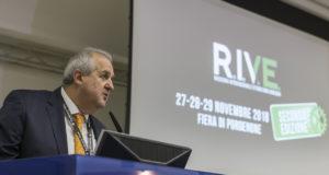 Rive1
