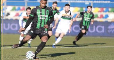 Continua il magic moment neroverde; Pordenone-Venezia 2-0