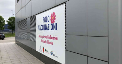 Confindustria Alto Adriatico e sindacati: offensiva alla pandemia con hub vaccinali